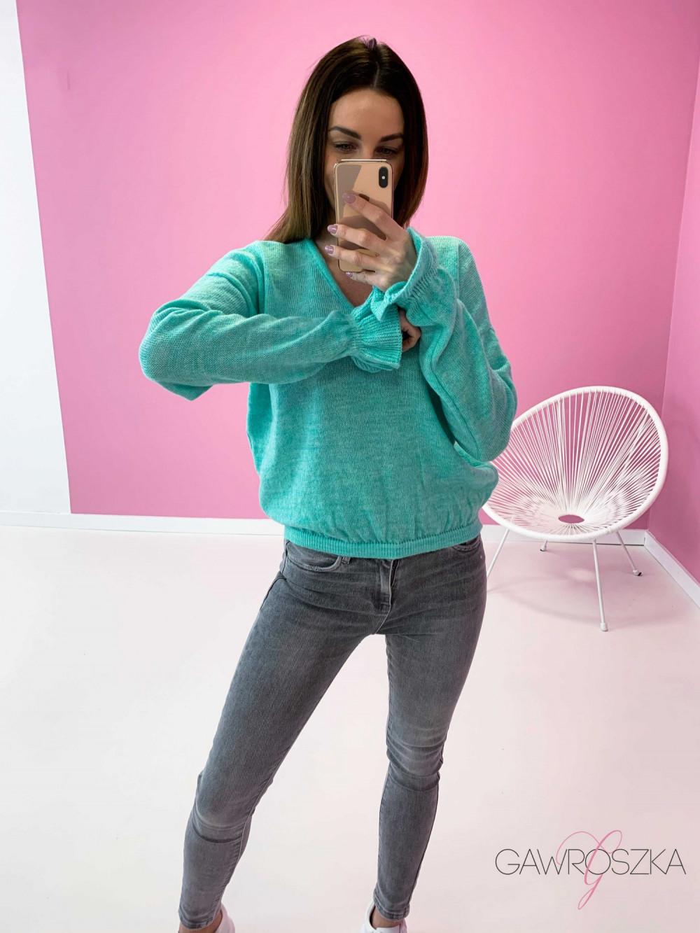 Sweter z falbanka na rękawie - mięta 1