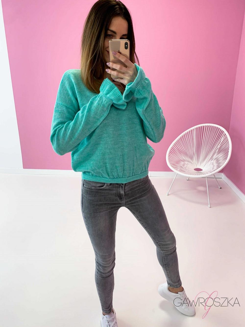 Sweter z falbanka na rękawie - mięta 3