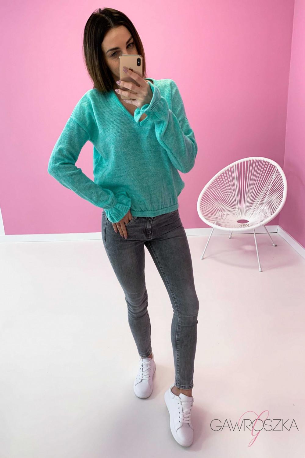 Sweter z falbanka na rękawie - mięta 4