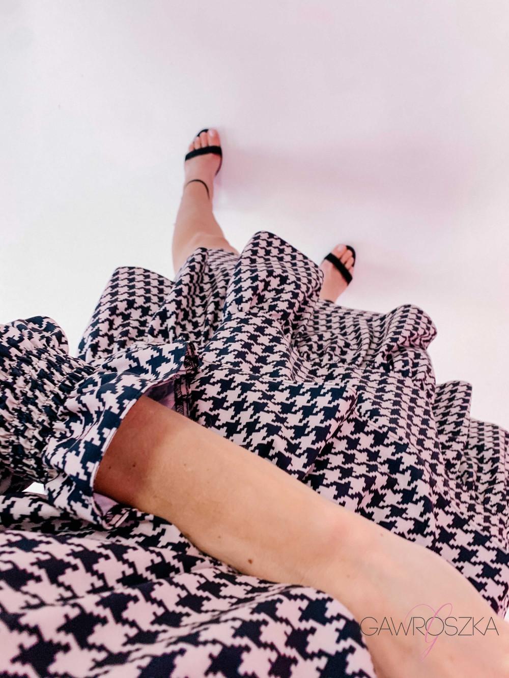 Sukienka Miluna pepitka 5
