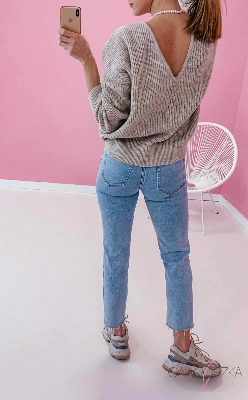 Spodnie jeans z wysokim stanem - prosta nogawka 2