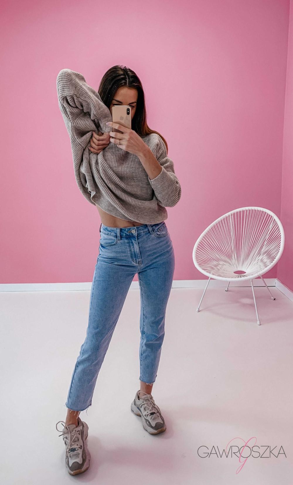 Spodnie jeans z wysokim stanem - prosta nogawka 3