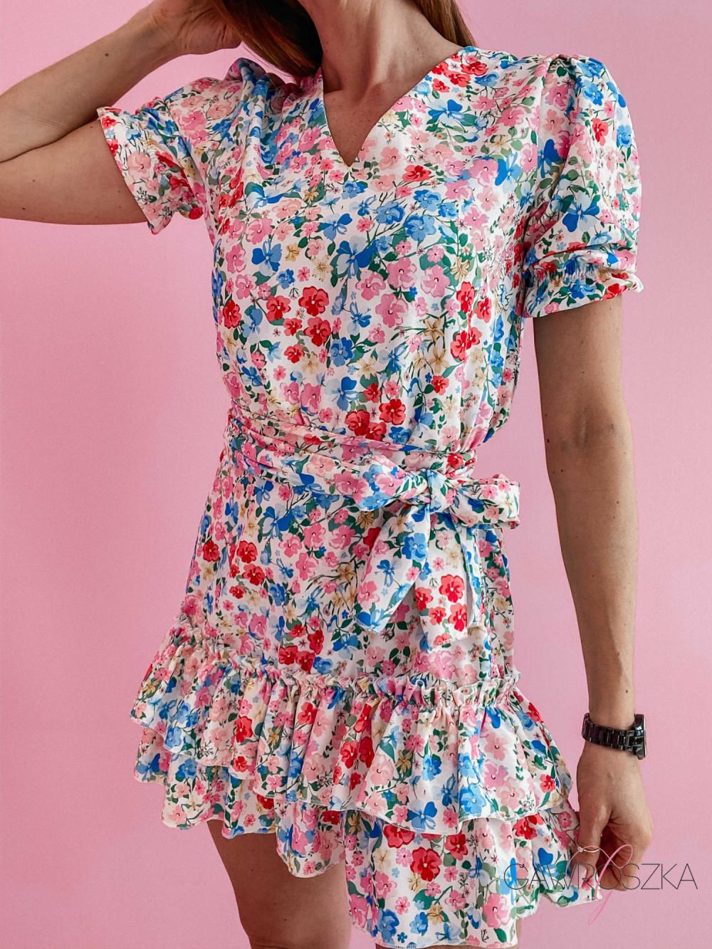Sukienka Megi z krótkim rękawem - biała w kolorowe kwiatuszki 2