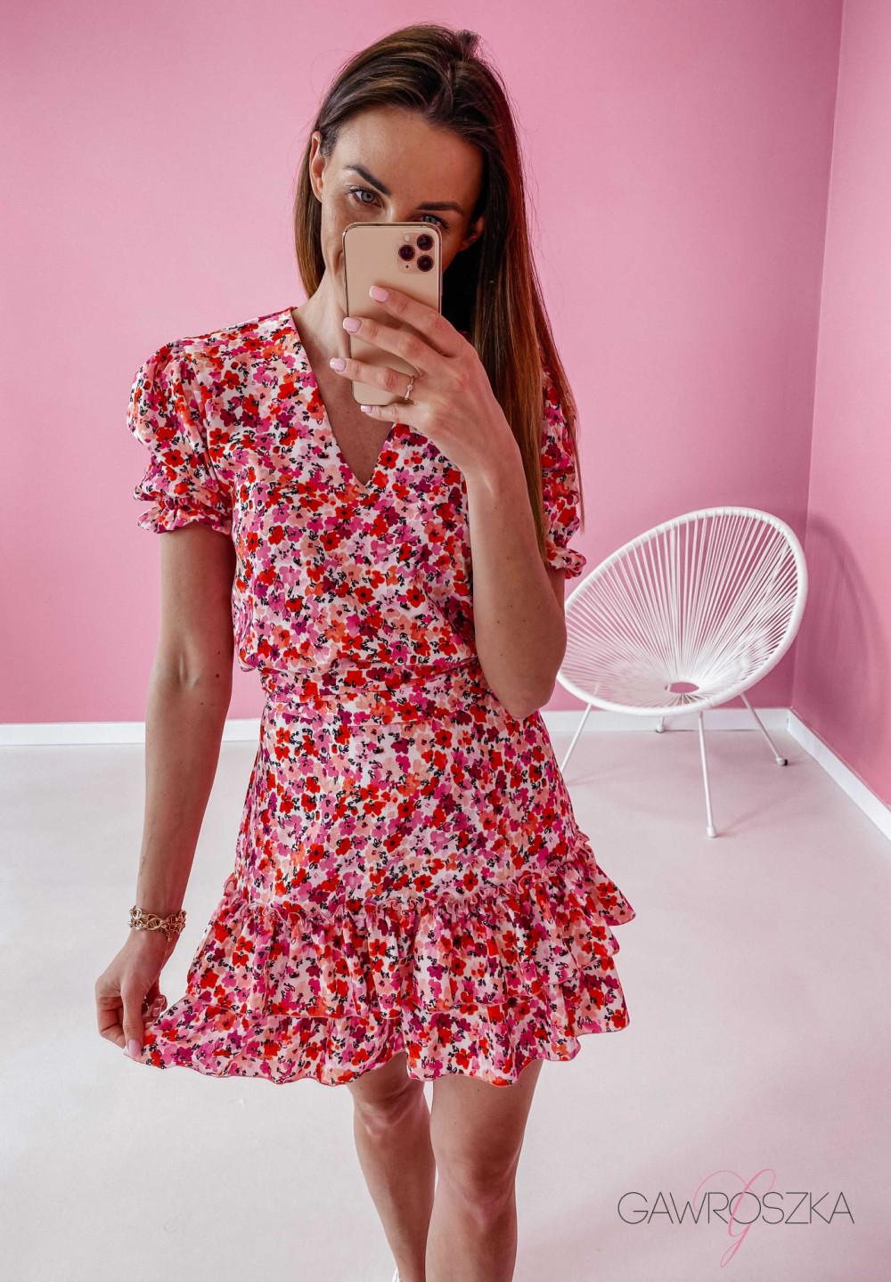 Sukienka Megi z krótkim rękawem - biała w czerwone kwiaty 4
