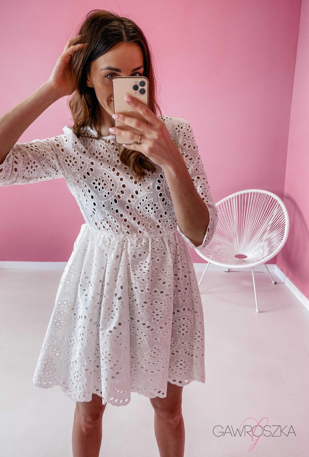 Sukienka ażurowa - biała 7