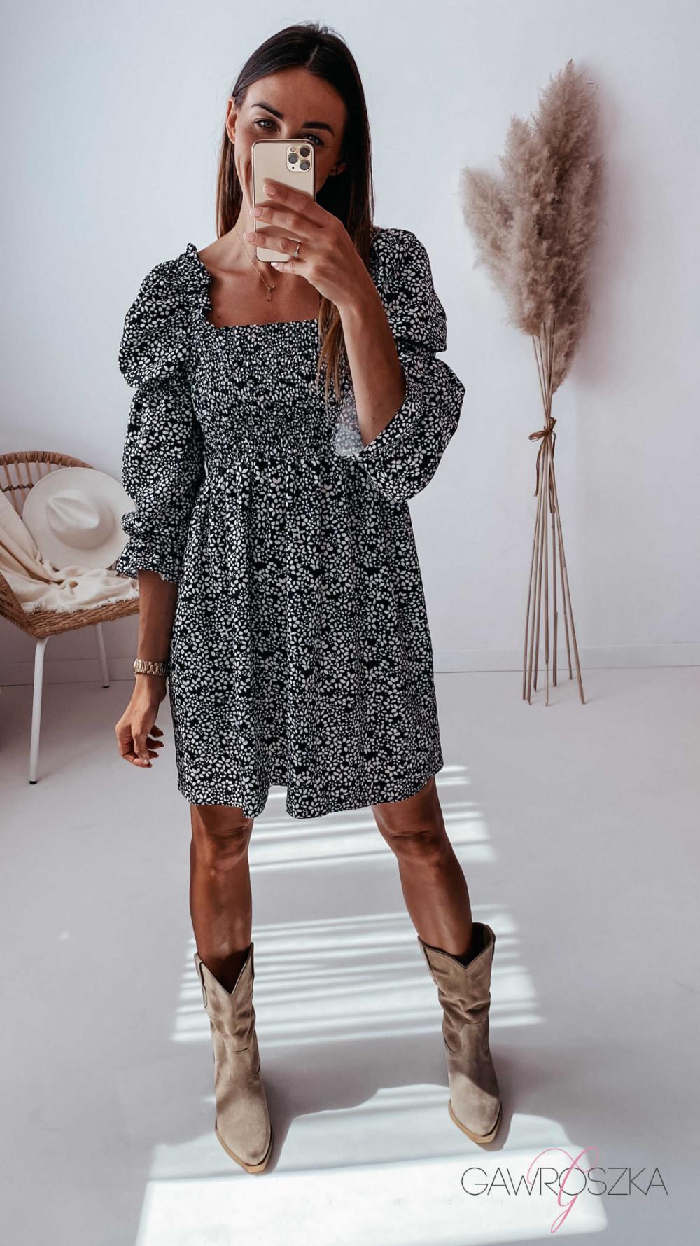 Sukienka Pola - czarna w białe kwiatuszki 2