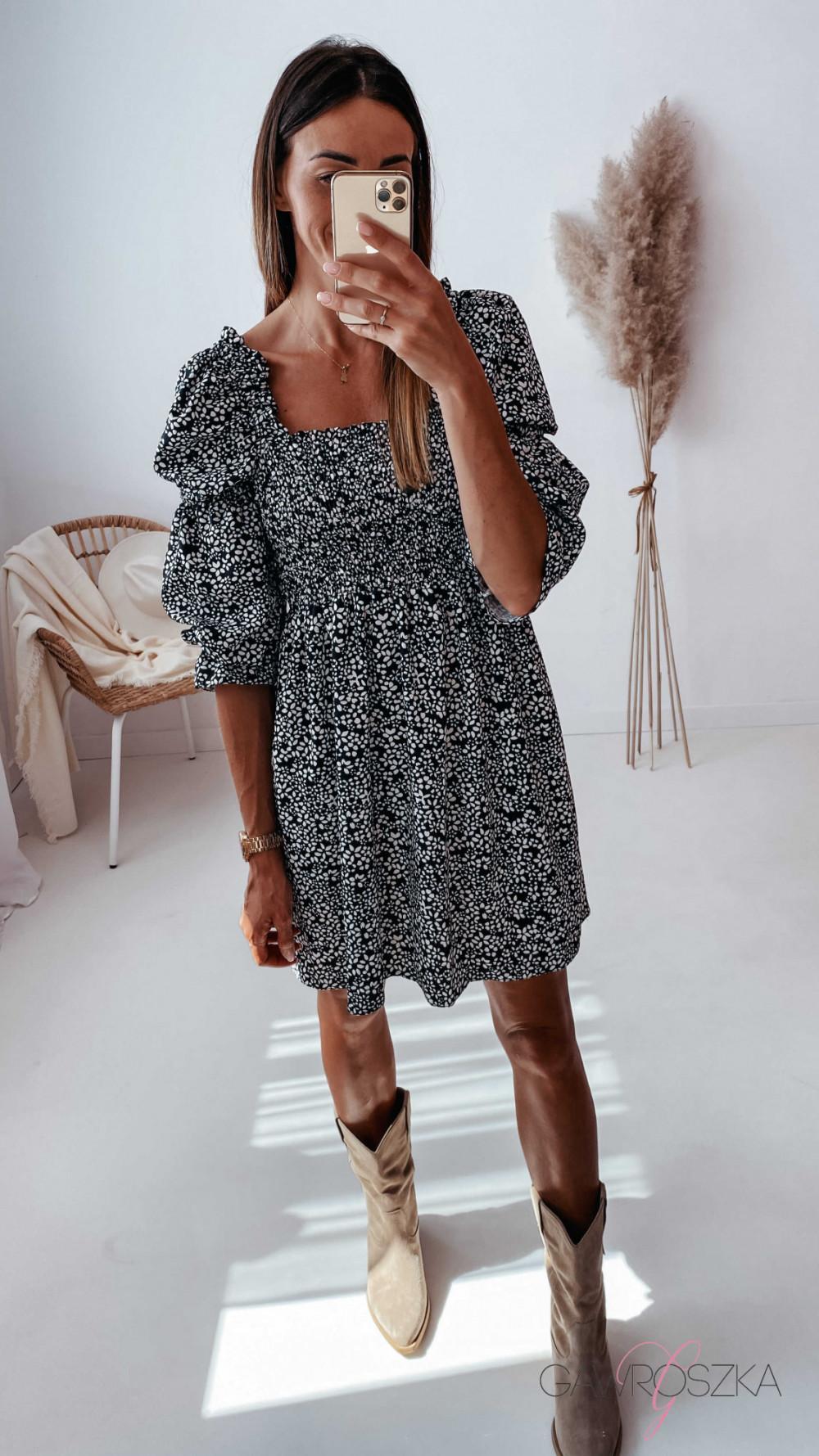 Sukienka Pola - czarna w białe kwiatuszki 10