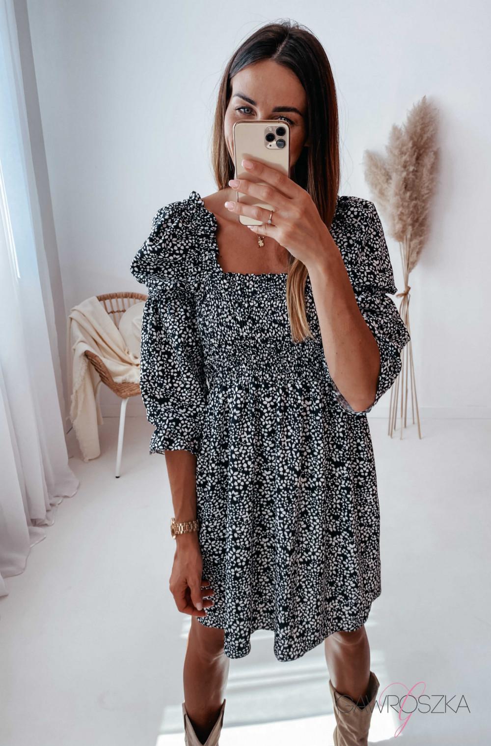 Sukienka Pola - czarna w białe kwiatuszki 15