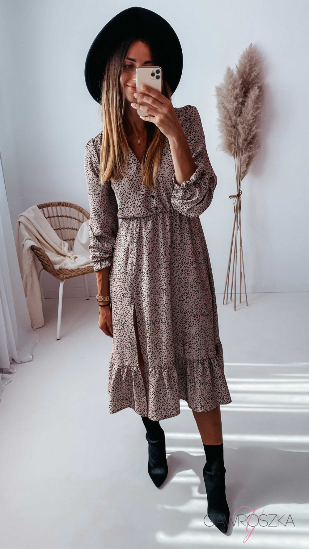 Sukienka Megi Midi Premium - beżowa w centki 3