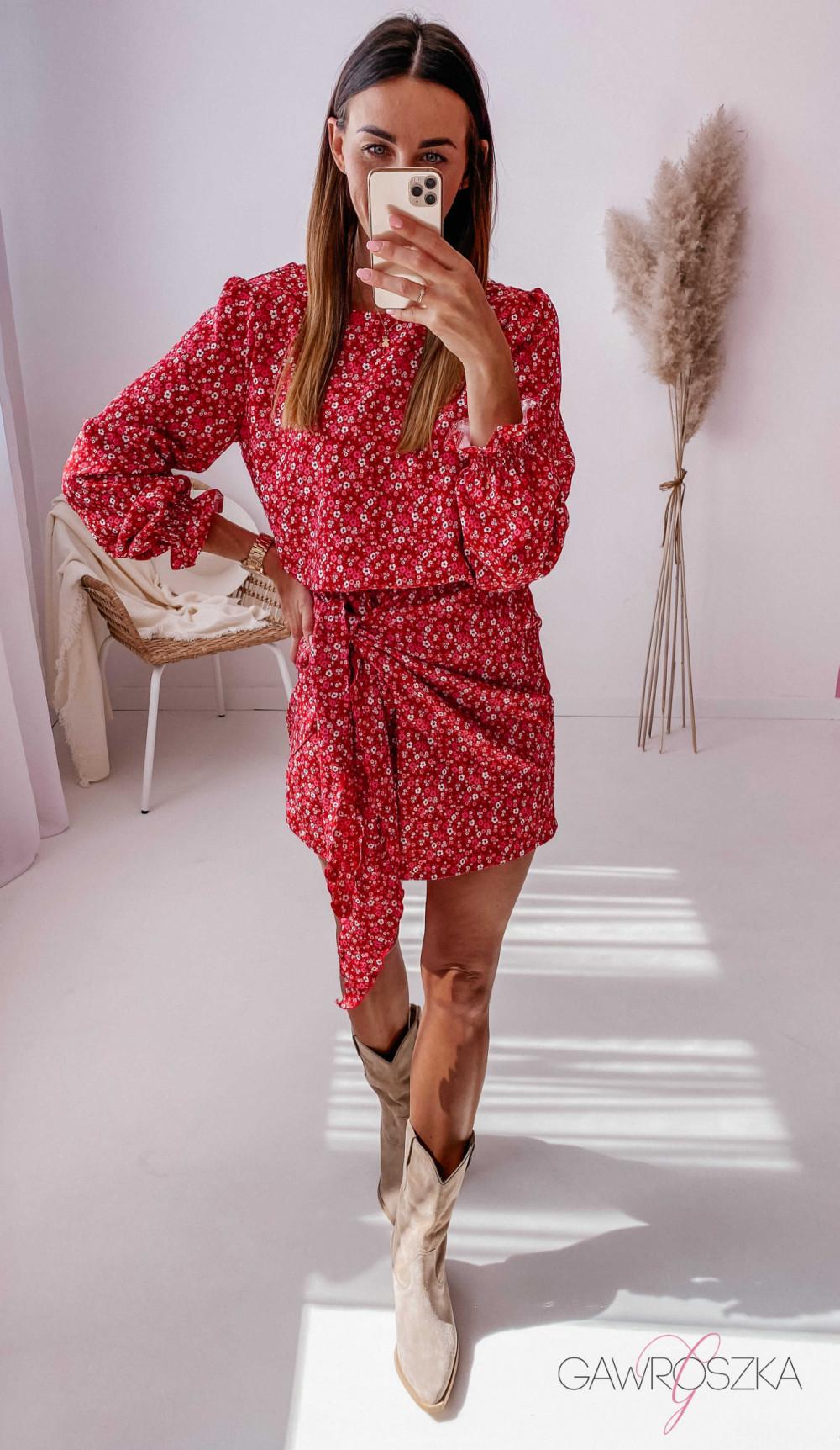 Sukienka z wiązaniem czerwona w drobne kwiatuszki 2