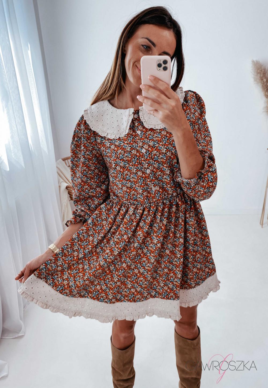 Sukienka z haftowanym kołnierzykiem - kolorowe kwiaty 1
