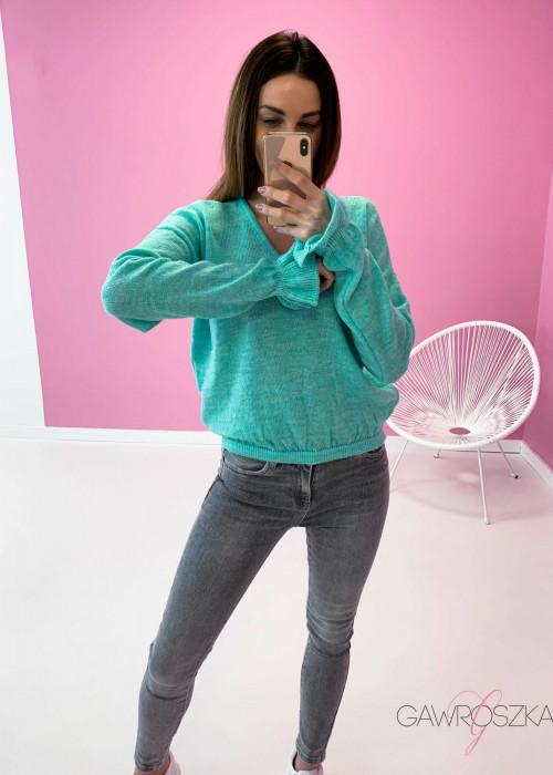 Sweter z falbanka na rękawie - mięta