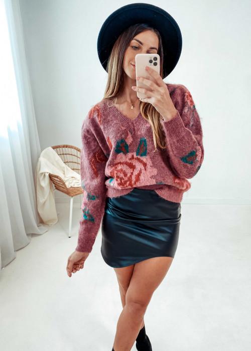 Sweter w róże - róż